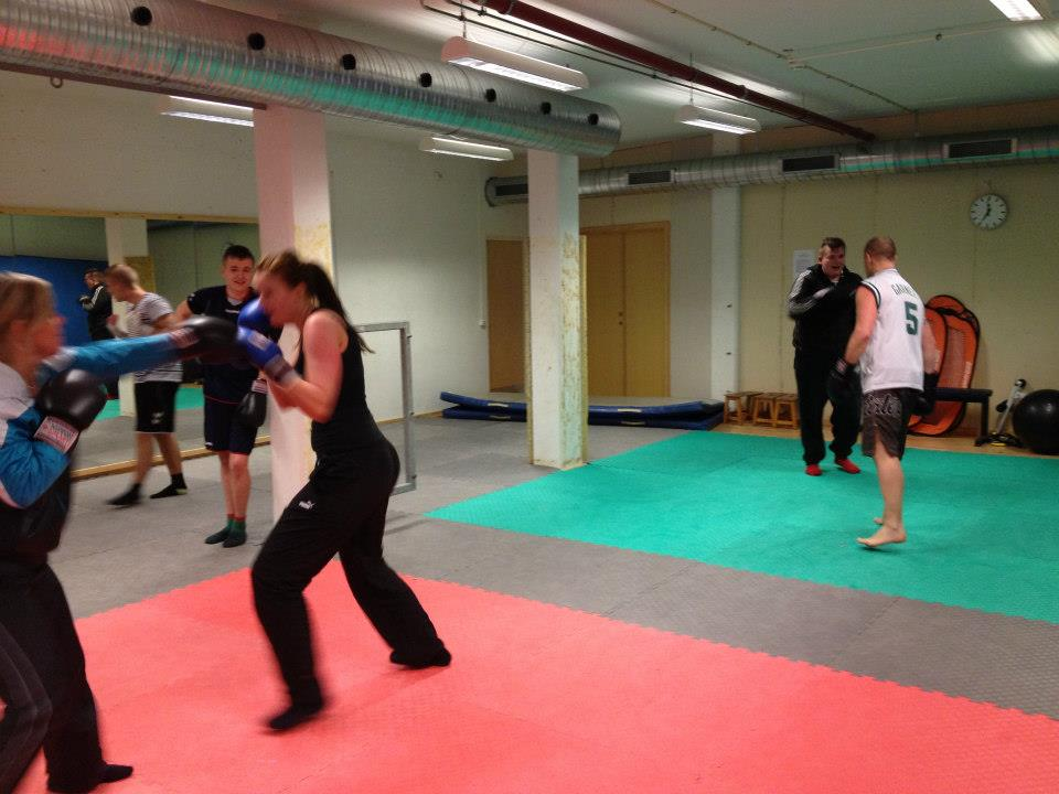 sparring4